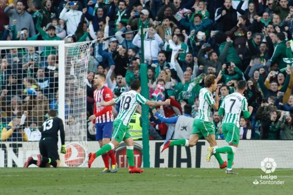 18-19_J22_Betis-Atletico01s.jpg