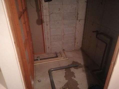 10 浴室・完全に撤去