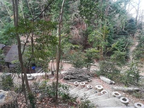 6 展望デッキ下の休憩所