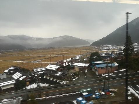 19 遠くに琵琶湖の北端が見えた