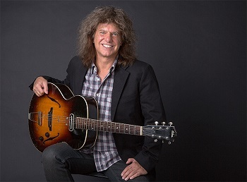 PAT_METHENY_01.jpg
