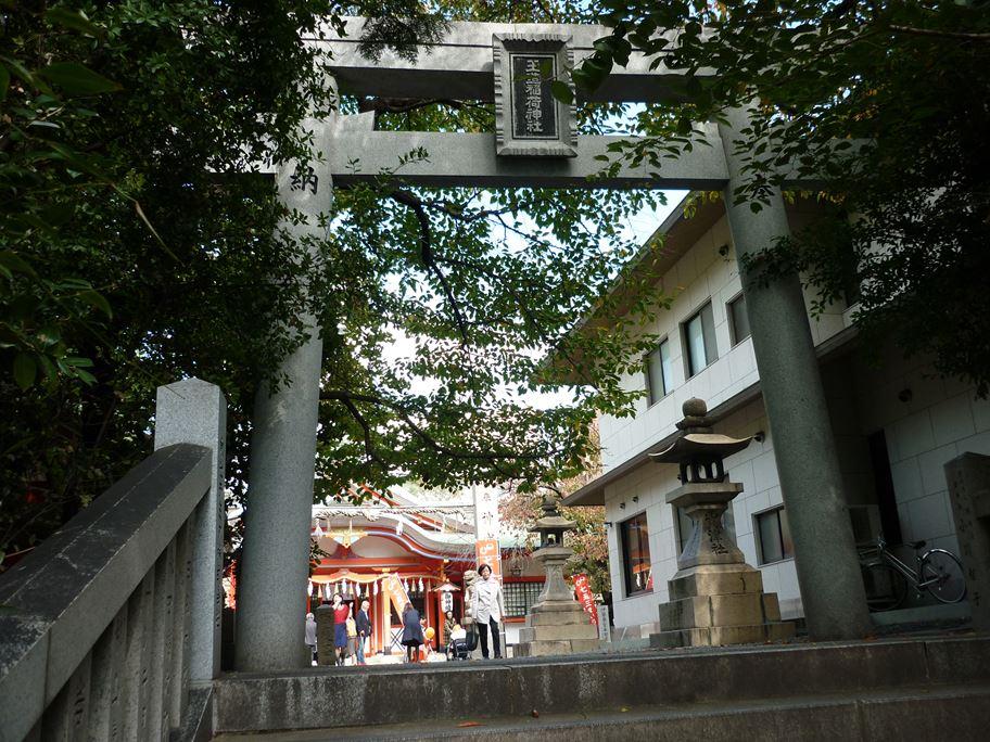 玉造稲荷神社_01