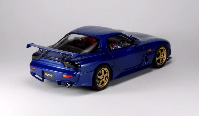 Car00089_02.jpg