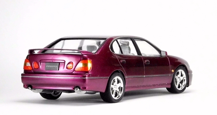 Car00090_02.jpg