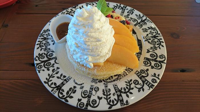 りんごとカスタードのパンケーキ