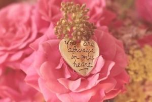 女性roses-3700004_960_720s