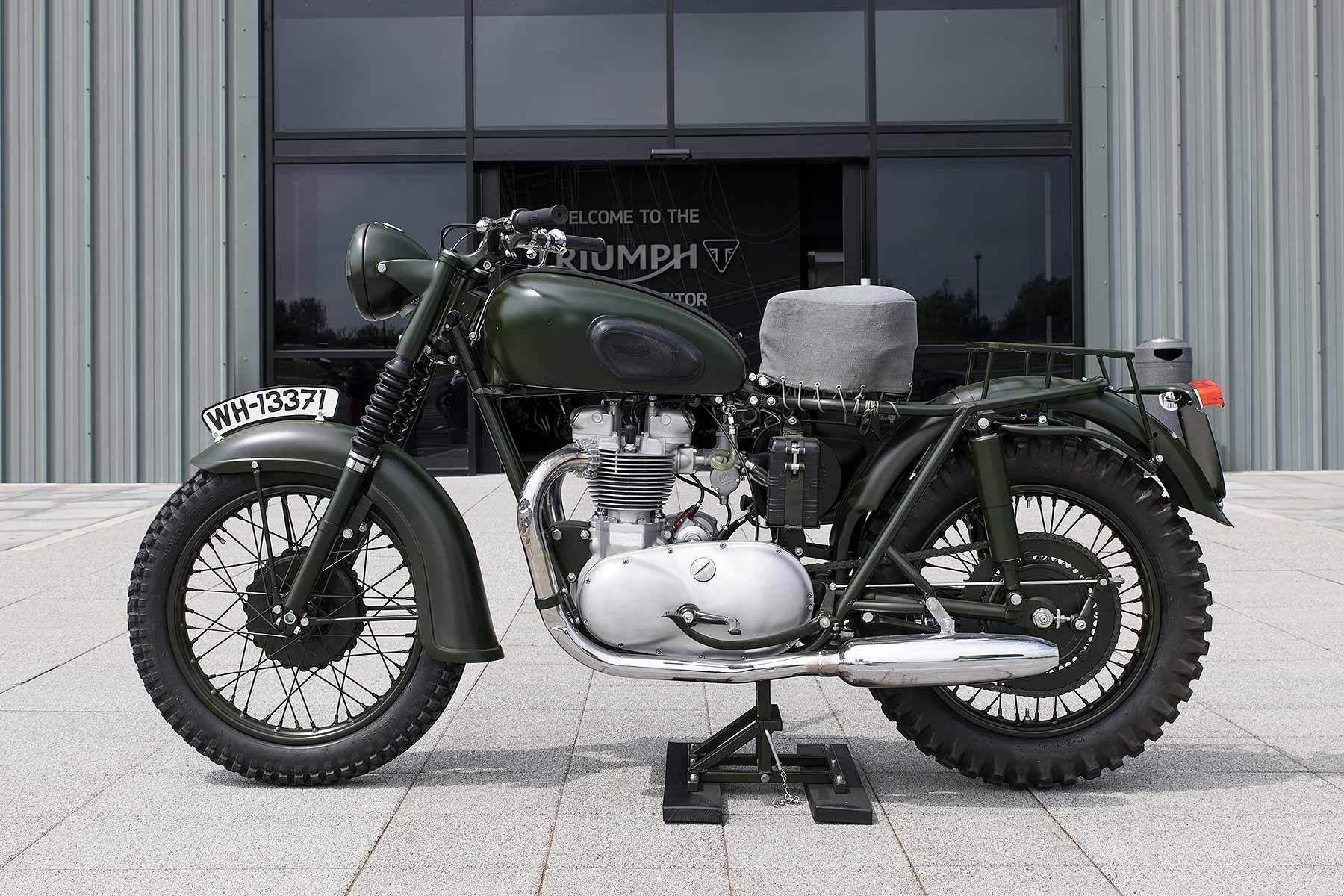 Triumph-1962-650cc-TR6R.jpg