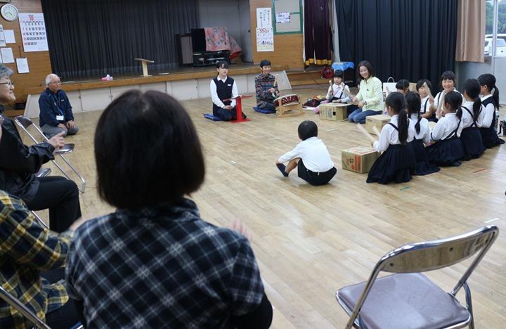 人形教室放課後児童 30 10 23