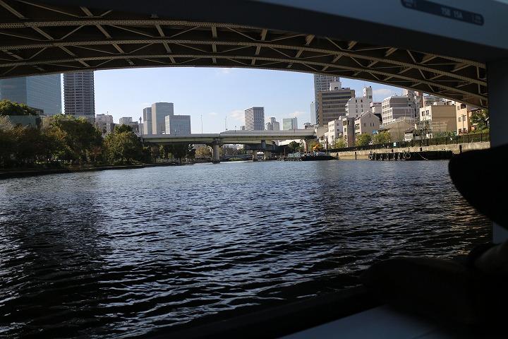 アクアライナーから 橋の下 30 10 25