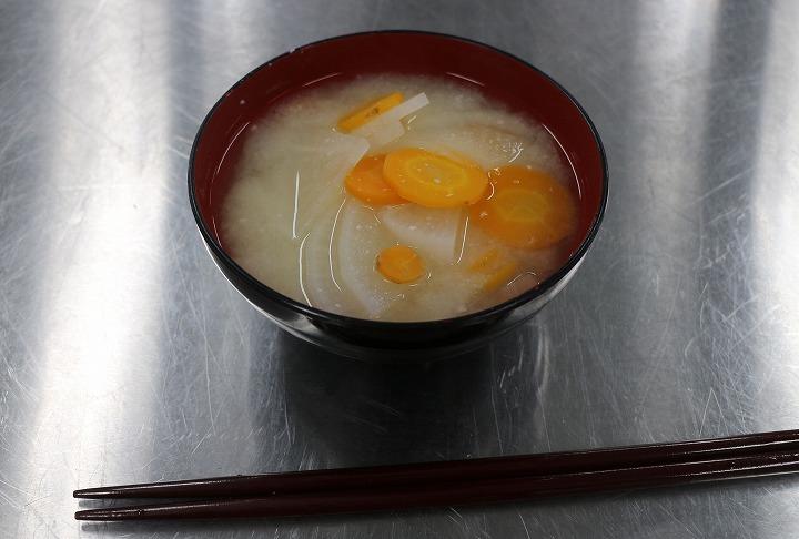 あん入り餅のお雑煮作る 30 11 28