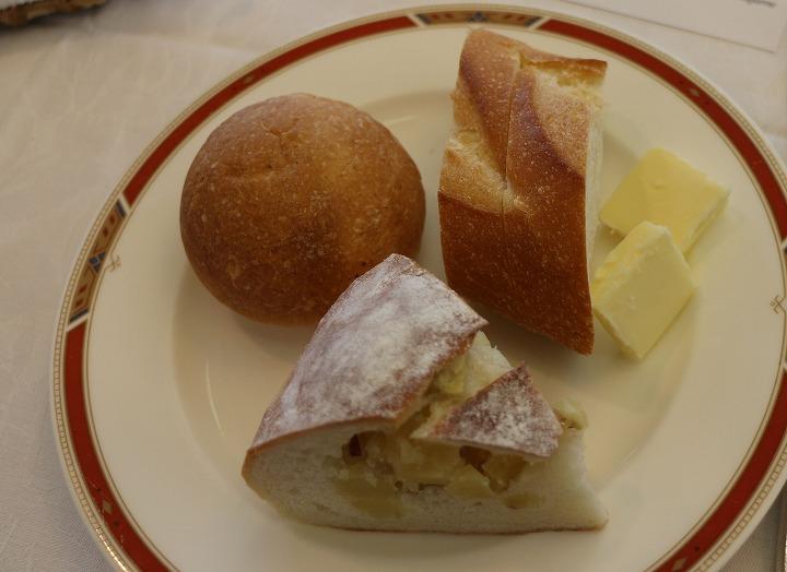 パンとバター 30 12 12