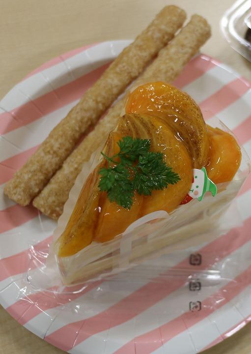柿のケーキも 30 12 16