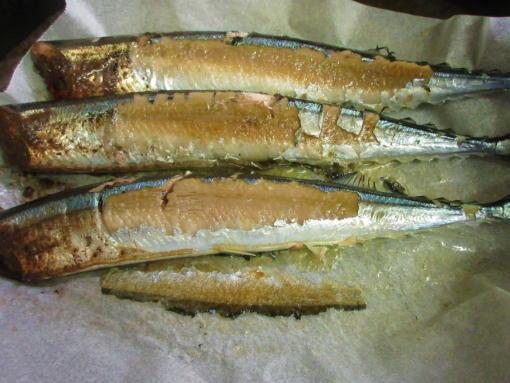 212  秋刀魚焼(1)