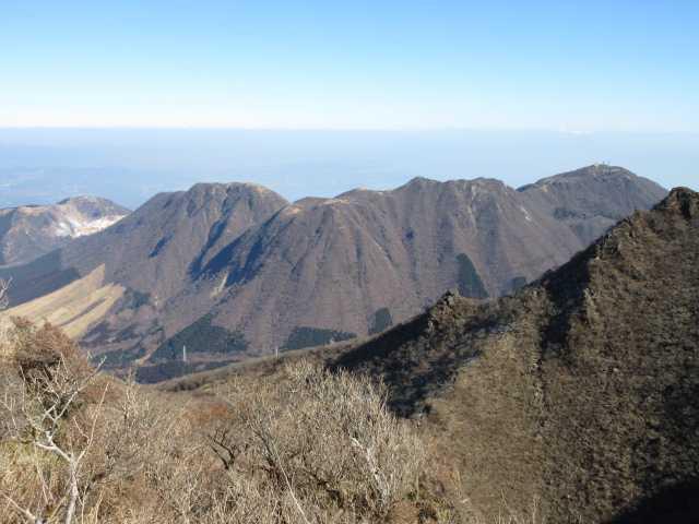 IMG0049JPG鶴見岳伽藍岳も