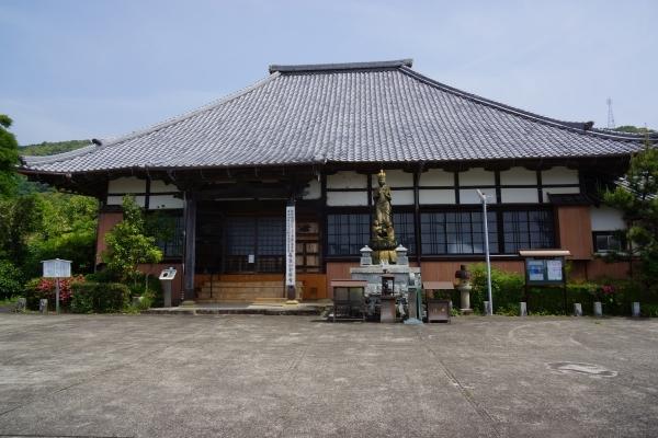 6本堂 (1200x800)