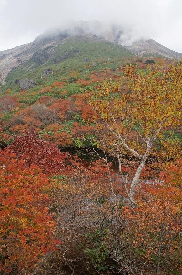 20181009-48 那須・ひょうたん池、茶臼岳
