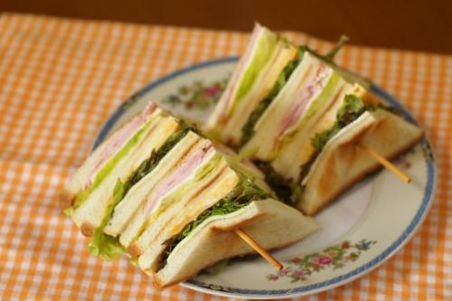 サンドイッチ ヤブレブランチ