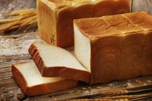 極生ミルクバター食パン 2斤
