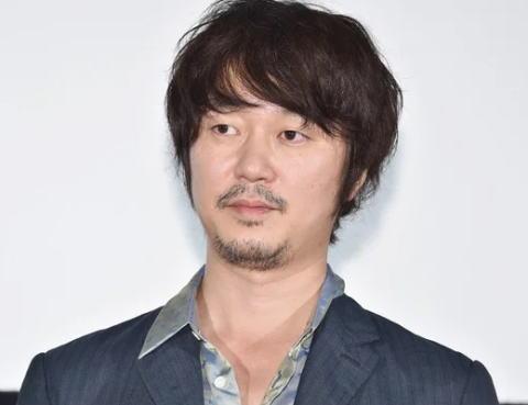 新井浩文容疑者(40)の逮捕で公開を控えていた映画2作品が公開延期、NHKが「真田丸」など10作品の配信を停止するなど過去作品130作以上が消える可能性 … 「多くの名作が世の中から消えてしまう事が問題」