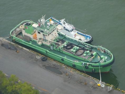 新潟西港の船舶