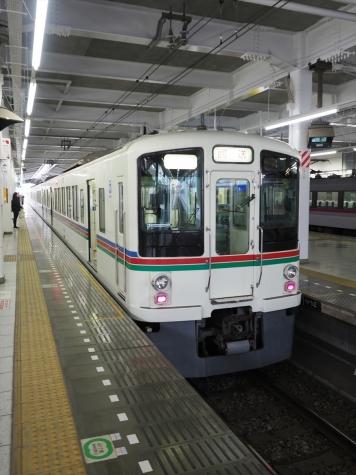 西武鉄道 西武秩父線 4000系 電車【飯能駅】