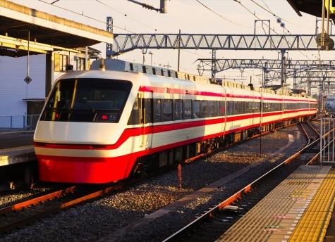 東武鉄道 200系 特急りょうもう30号【羽生駅】