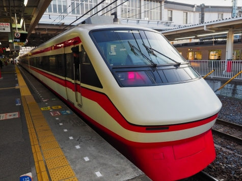 東武鉄道 200系 特急りょうもう32号【館林駅】
