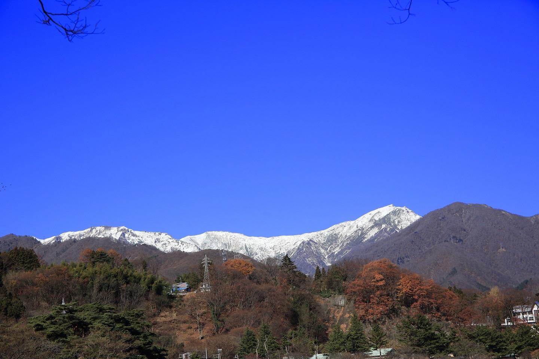 ブログ 水上から谷川岳を臨む.jpg
