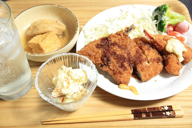 ブログ 冷食活用の夕食.jpg