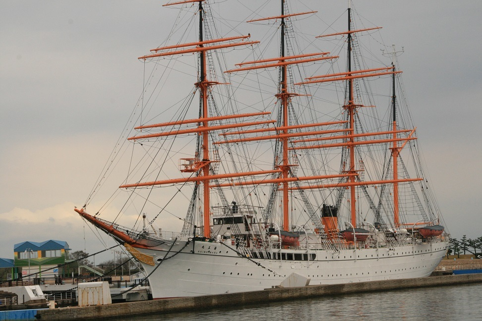 能登の帆船.jpg