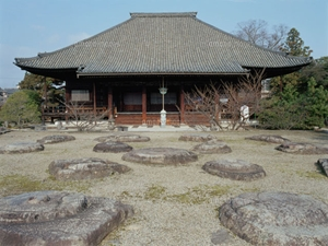 西大寺の東塔跡
