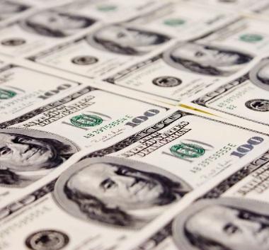 米ドル お金 富裕層