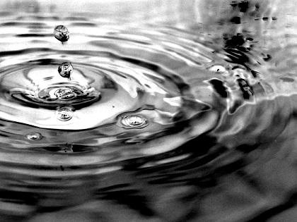水滴 下落 波及効果