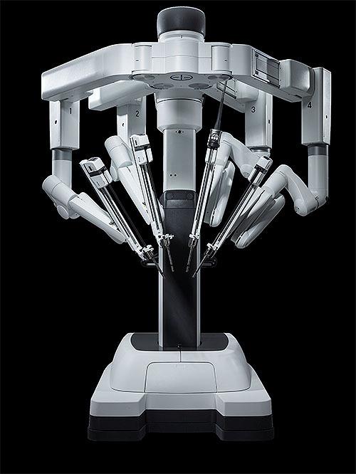 ヴォイニッチの科学書 第738回 国産手術ロボット