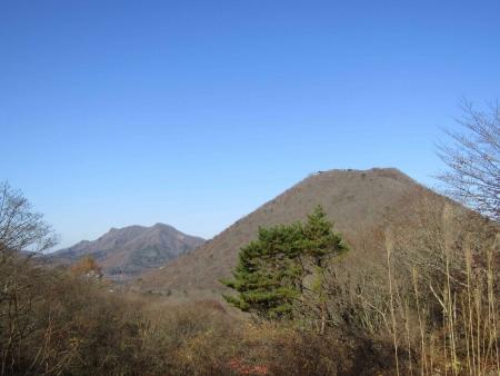 181111相馬山・臥牛山 (3)榛名富士・掃部ヶ岳s