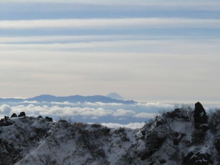 190106黒斑山~蛇骨岳 (23)富士山s