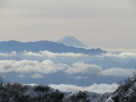 190106黒斑山~蛇骨岳 (24)富士山s