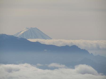 190106黒斑山~蛇骨岳 (42)富士山s