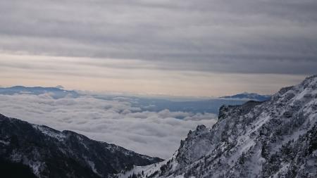 190106黒斑山~蛇骨岳 (47)富士山・八ヶ岳s