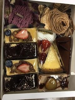 ケーキ10個