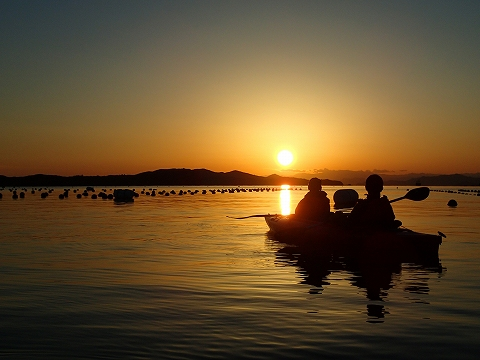 sunsetkayak1021a.jpg