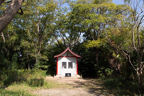 緒畑稲荷神社(三王山)社のお堂