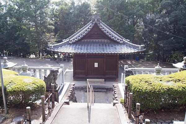相原郷諏訪社祭文殿前から見下ろす
