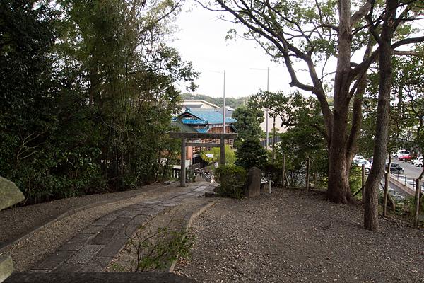 諸ノ木明神社境内の風景