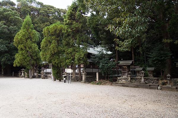 桶狭間神明社社殿全景