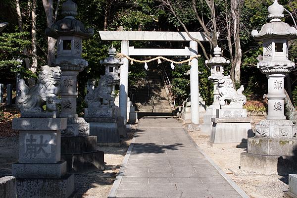 井後神社参道と二の鳥居