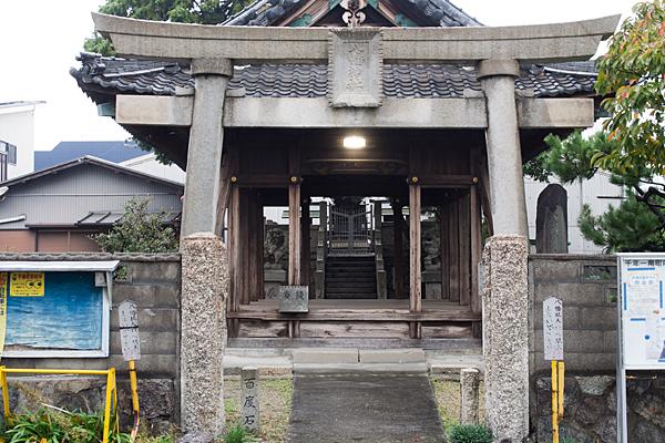 千年1八幡神社