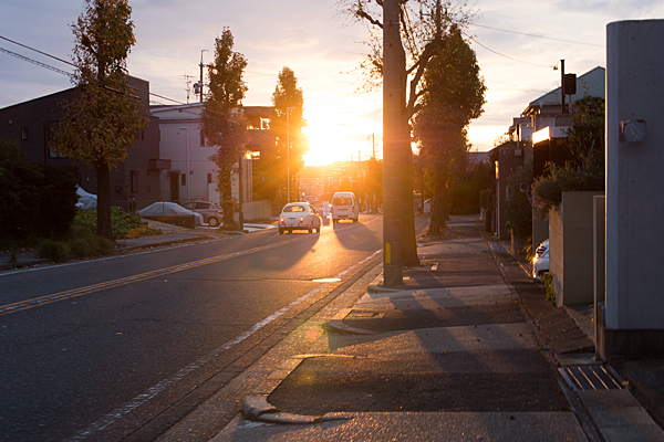 道行き近所の夕日