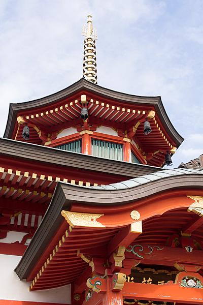 犬山成田山聖蘭堂外観