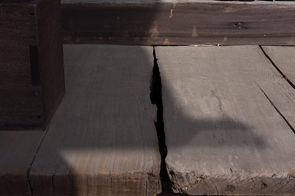 金蓮寺木の床